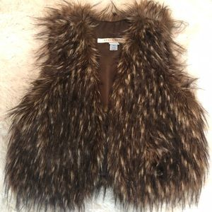 PRICE DROP Rezrekshn by Esther Chen Faux Fur Vest